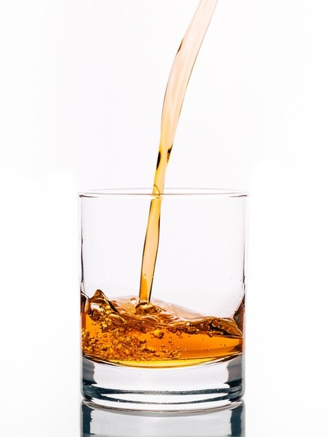 cold-light-alcohol-glass-large