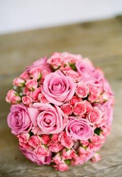 bridal-bouquet-bride-bridal-bouquet-67567