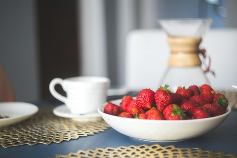 food-healthy-red-summer-large (1)