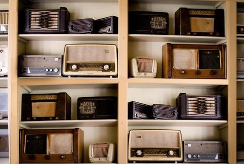 vintage-music-business-shop-large